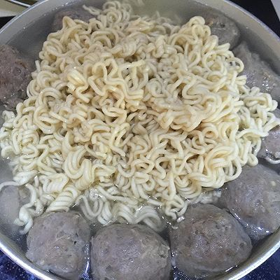 味道丸做法汤#花家酸菜#的牛筋_菜谱_豆果美面条猪脚的步骤做法英文介绍图片