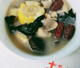 美味营养的时蔬鸡腿汤的做法