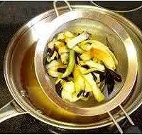 咸鱼茄子煲的做法图解2