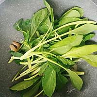 #花10分钟,做一道菜!#虾仁蛋炒面的做法图解8