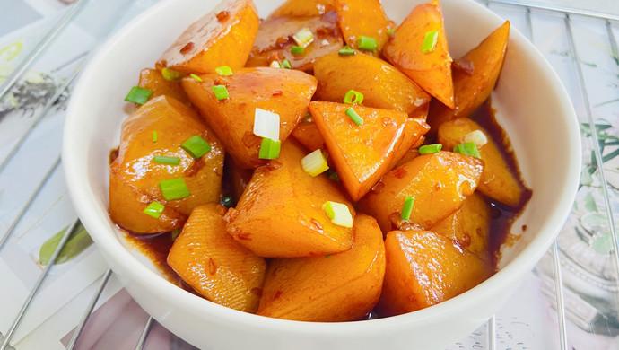 红烧土豆软烂酥香,一盘都不够吃!