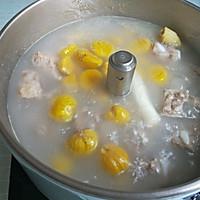 板栗排骨汤的做法图解10