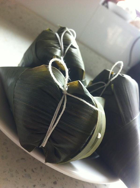 家庭自制糯米红豆粽子的做法