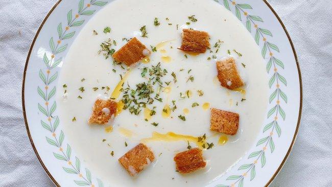 法式土豆奶油浓汤#换着花样吃早餐#的做法
