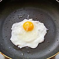 小炒荷包蛋的做法图解1