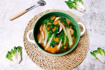 奶白菜蘑菇南瓜汤