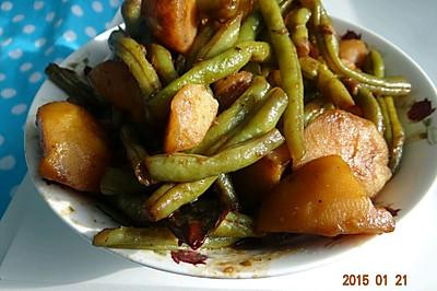 家常东北土豆炖豆角