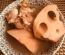 湖北人的排骨莲藕汤的做法