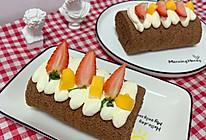巧克力蛋糕卷水果奶油瑞士卷老少皆宜下午茶的做法
