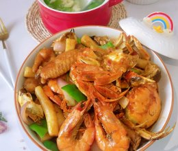 蟹肉鲜虾煲