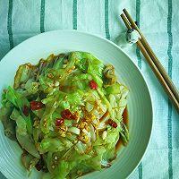 轻食更健康-椒香凉拌卷心菜