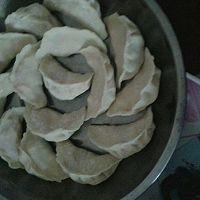 广东省年夜饭必备玉米猪肉馅饺子的做法图解10