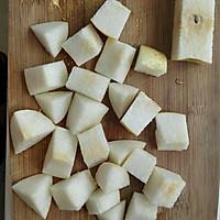 温补润燥——红枣百合雪梨糖水的做法图解2