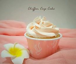 #父亲节,给老爸做道菜#粉红恋人~戚风纸杯蛋糕的做法