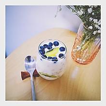 酸奶水果麦片