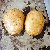 土豆烤香肠的做法图解1