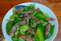 柿子椒炒腊肉的做法