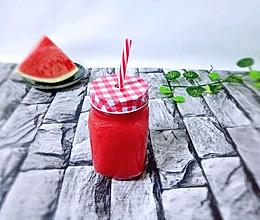 鲜榨西瓜汁☞附加西瓜冰棍做法☜#单挑夏天#的做法