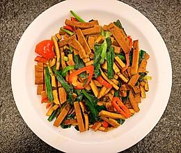 简单美味家常菜:豆干韭菜的做法