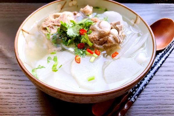 羊肉白萝卜汤的做法