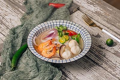越南风味的海鲜米粉