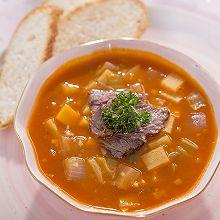 酸甜可口又鲜香的俄式罗宋汤,连喝三天都不腻!