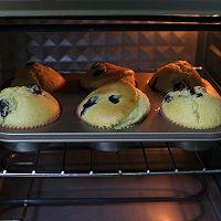 #520,美食撩动TA的心!#会爆浆的小蛋糕-蓝莓马芬的做法图解7