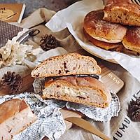 蔓越莓奶酪软欧(波兰种)外脆里嫩的面包早餐
