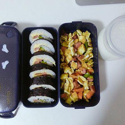 小兔兔胡萝卜紫菜包饭