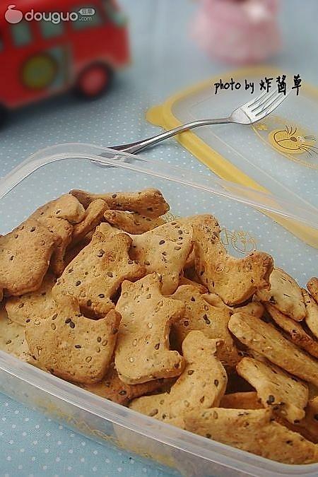 蛋香芝麻饼干的做法