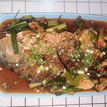 家常版皮脆肉嫩红烧鱼