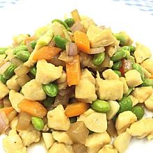 酸萝卜炒鸡丁