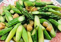 芦笋炒干贝的做法