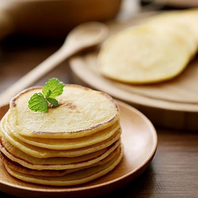 给宝贝做一份低糖少油的美味早餐饼——牛奶小饼(孔瑶食谱)