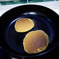 香蕉松饼#急速早餐#的做法图解7