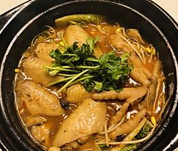 鸡翅鸡爪砂锅煲的做法
