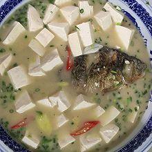 鲫鱼豆腐汤【补钙汤品】