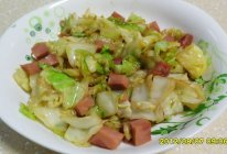 卷心菜炒培根肉的做法