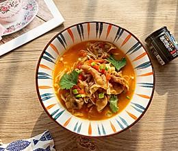 懒人版酸汤肥牛‼️暖胃下饭的做法