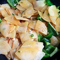家常辣椒炒土豆片的做法图解9