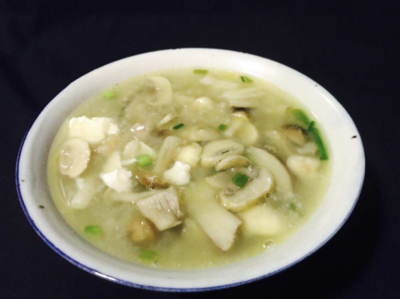 嫩豆腐一块做法一个菌菇做法步骤汤的豆腐年糕本图片的菜谱咸蛋铁板炒鱿鱼肉片图片