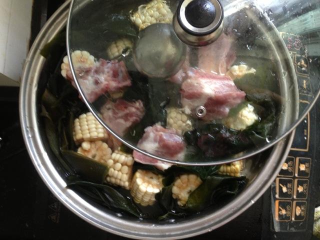 排骨酸菜玉米汤的海带图解1做法和鱼的做法图片