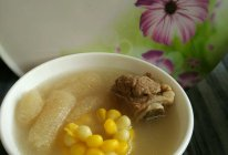 竹荪玉米排骨汤的做法