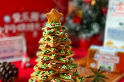 圣诞树奶油夹心饼干
