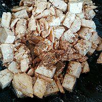 豆腐炒肉的做法图解6