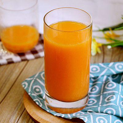 鲜橙胡萝卜汁
