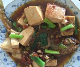 黄花鱼烩嫩豆腐的做法