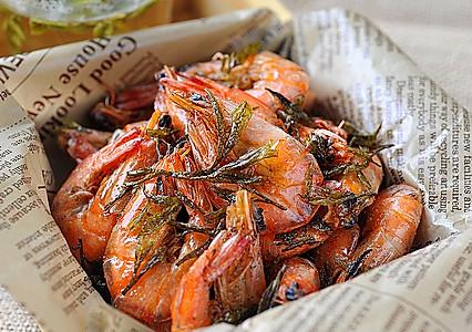 龙井茶香虾的做法
