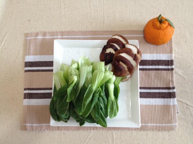 图解 香菇/1. 油菜洗净,香菇切片