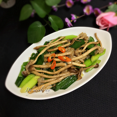 茶树菇炒蒜苗